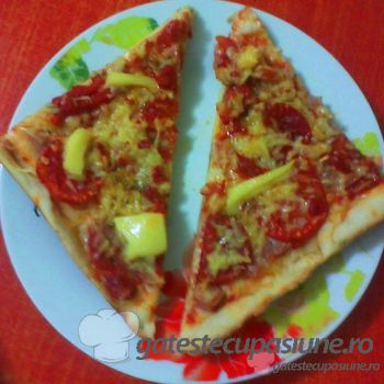 Pizza traditionala